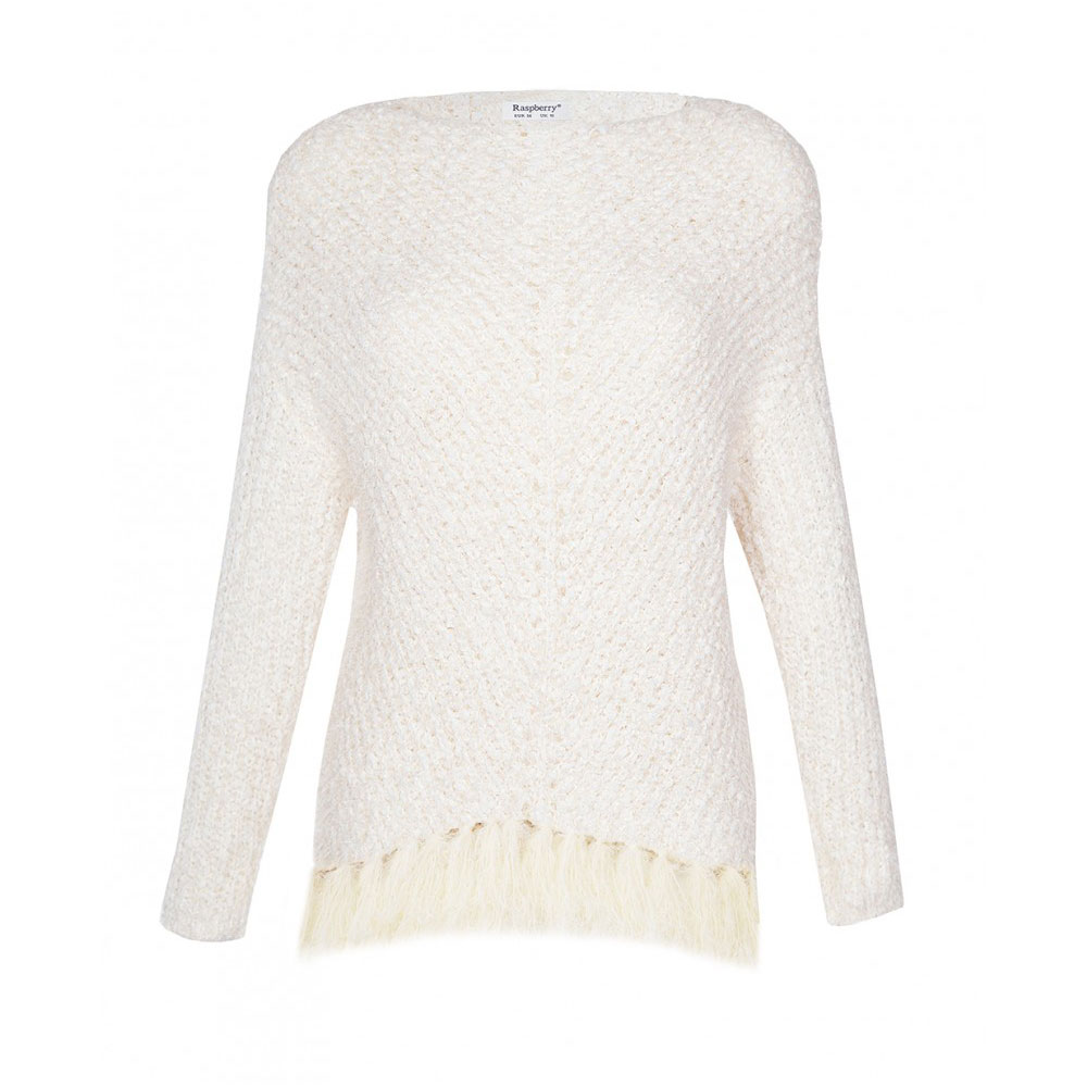 pulover pufos cu franjuri