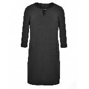 rochie neagra maneca trei sferturi
