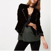 Jacheta neagra din catifea